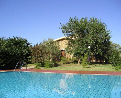 residence con piscina a budoni